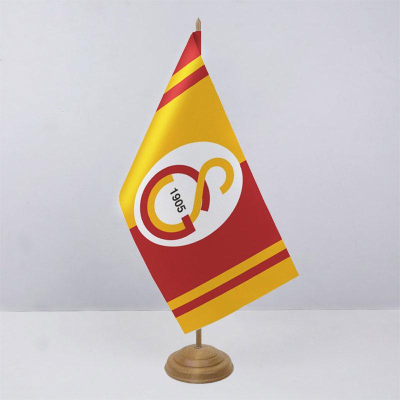 Флажок ФК Галатасарай (Galatasaray) на деревянной подставке